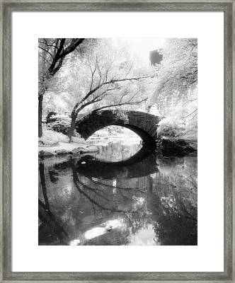 Framed Print featuring the photograph Central Park Photograph - Gapstow Bridge Vertical by Dave Beckerman