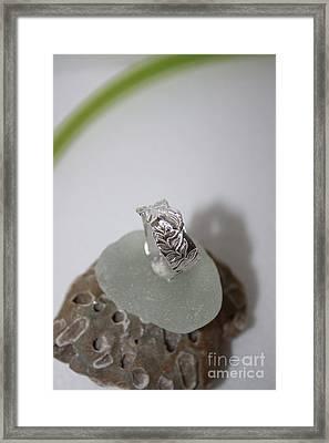 Garden Vine Ring Framed Print by Carrie Godwin
