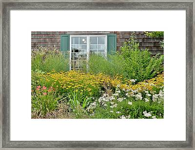 Gardens At The Good Earth Market Framed Print