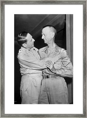 Generals Douglas Macarthur And Jonathan Framed Print by Everett