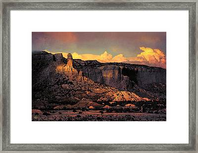 Georgia O Keefes Ghost Ranch House - Last Moments Of Sun Framed Print