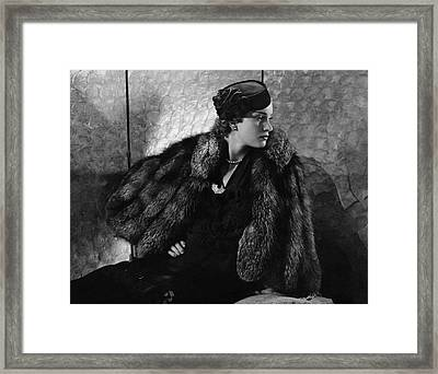 Gerda Sommerhoff Wearing Suzy And Black Starr Framed Print by Edward Steichen