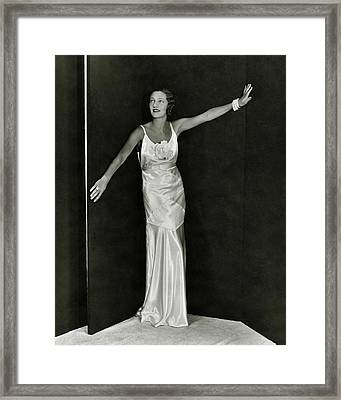 Gertrude Lawrence In A Molyneux Dress Framed Print by George Hoyningen-Huene