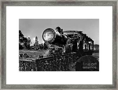 Ghost Train In Paranapiacaba - Locobreque Framed Print by Carlos Alkmin