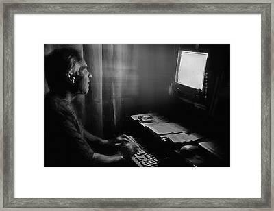 Ghost Writer 2 Framed Print by Steve Ohlsen