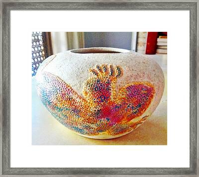 Gila Monster Ceramic Pot Framed Print