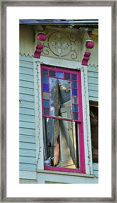 Burnt Gingerbread At The Pride House Jefferson Texas Framed Print