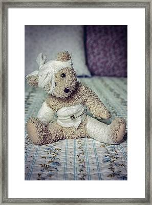 Give Me Some Comfort Framed Print by Joana Kruse