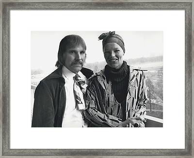 Glenda Jackson Wins The Oscar For The Best Actress Of The Framed Print by Retro Images Archive