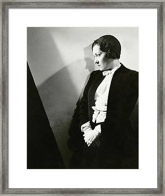 Gloria Swanson Wearing A Suit Framed Print by Tony Von Horn