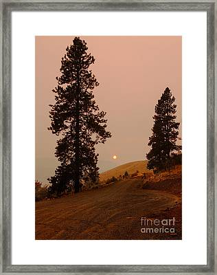 Glowing Sunset Framed Print by Robert Bales