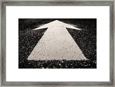 Go Now Framed Print by Arkady Kunysz