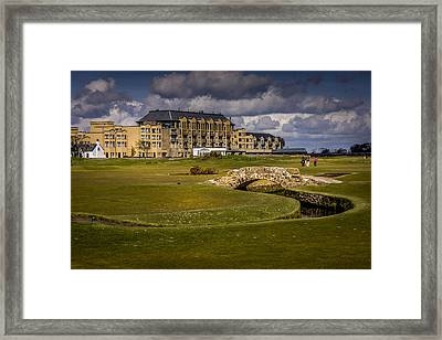 Wall Art Swilcan Bridge St Andrews Scotland Framed Print