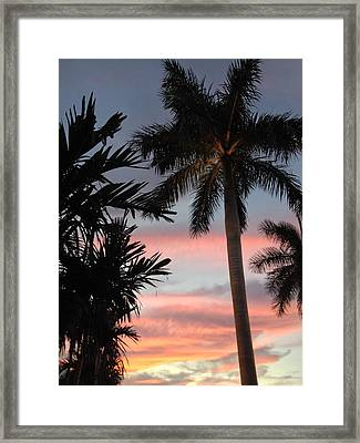 Goodnight Waterside  Framed Print by K Simmons Luna