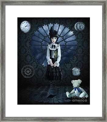 Gothic Girl Framed Print by Juli Scalzi