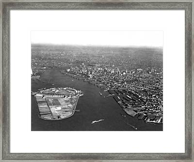 Governors Island In Ny Harbor Framed Print by Underwood Archives