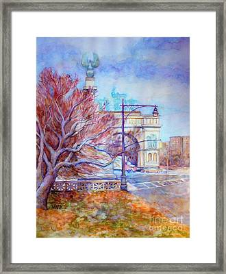 Grand Army Plaza With Lamppost And Tree Framed Print