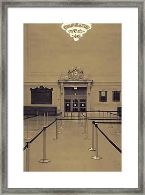 Grand Central Terminal Line Framed Print by Dan Sproul