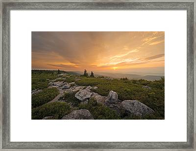 Framed Print featuring the photograph Grand Finale by Bernard Chen