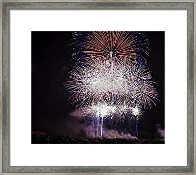 Grand Finale Framed Print by Jason Smith