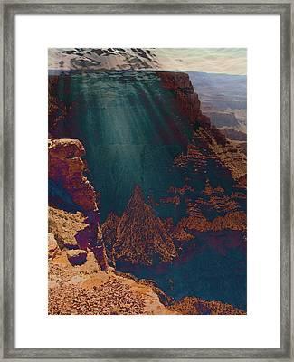 Grandistortion Framed Print