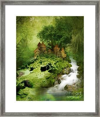 Green - Fantasy Art By Giada Rossi  Framed Print