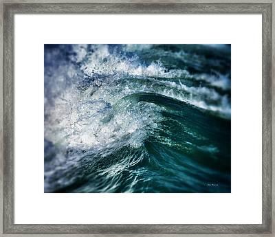 Green Wave Framed Print