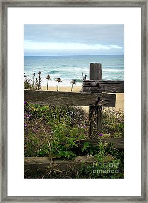 Greetings From San Francisco Framed Print