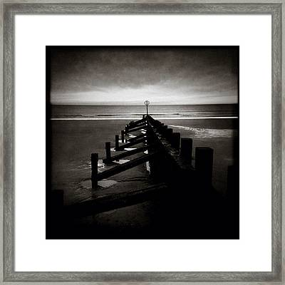 Groyne 1 Framed Print by Dave Bowman
