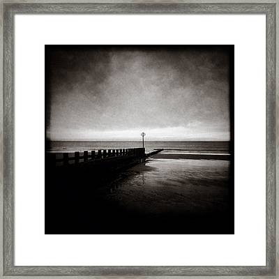 Groyne 2 Framed Print by Dave Bowman