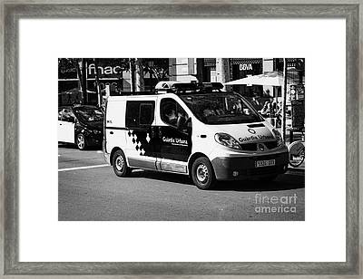 Guardia Urbana Police Patrolling City Centre Of Barcelona Catalonia Spain Framed Print