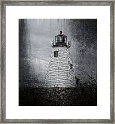 Gurnet Light Framed Print