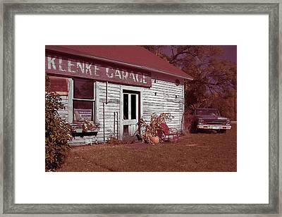 Framed Print featuring the photograph Gus Klenke Garage by Chuck De La Rosa