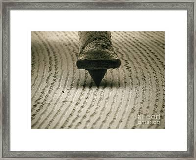 H100/0104 Framed Print