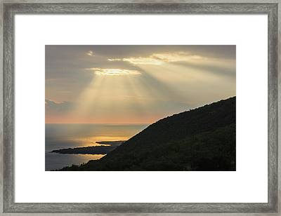 Hand Of Gold Lighting Over Pali  Cliff Framed Print