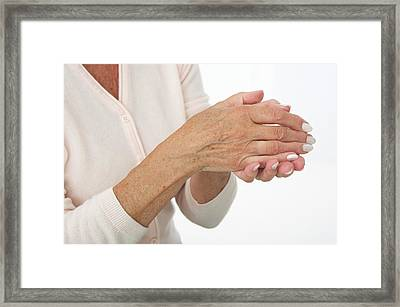 Hands Of An Elderly Woman Framed Print by Lea Paterson