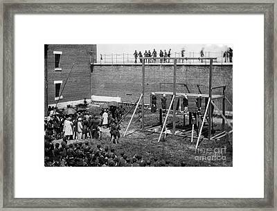 Hanging Of Lincoln Conspirators Mary Surratt Lewis Powell David Herold George Atzerodt Framed Print