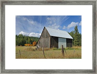 Hardy Creek Road Barn Framed Print