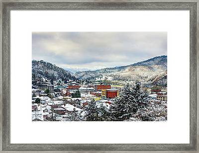 Harlan Ky Winter Framed Print