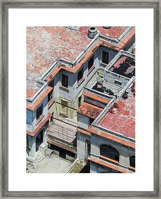 Havana Rooftop Framed Print by Rob Huntley