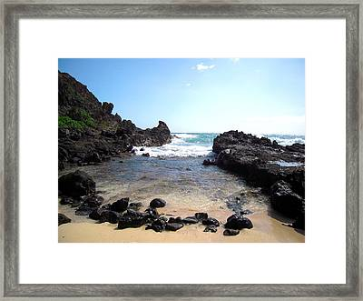 Hawaiian Beach Framed Print