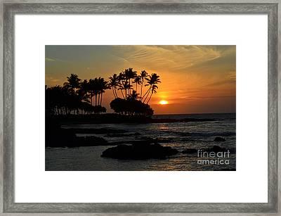 Hawaiian Sunset At Pauoa Bay Framed Print