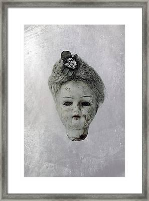 Head Framed Print by Joana Kruse