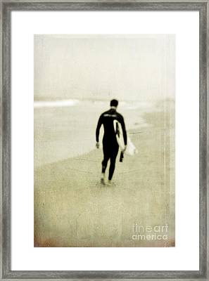 Heading Home Framed Print by Scott Pellegrin