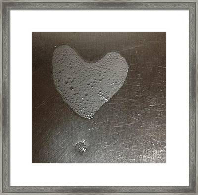 heART bubbles Framed Print