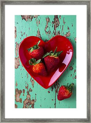 Heart Plate With Strawberries Framed Print by Garry Gay