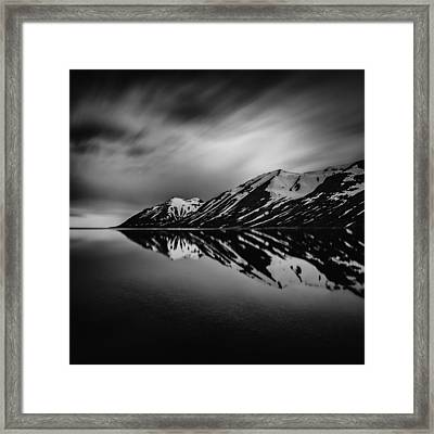Framed Print featuring the photograph Hedinsfjordur by Frodi Brinks