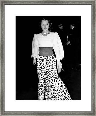 Hedy Lamarr, At The Premiere Of They Framed Print by Everett