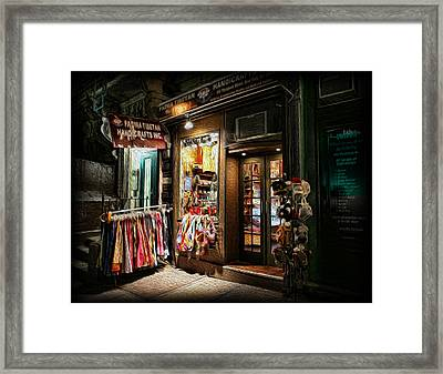 Hemp Handcrafts On The Hudson Framed Print by Lee Dos Santos