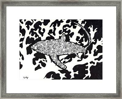 Hidden Predator  Framed Print by Wattie Wildcat